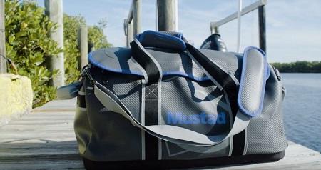 mustad_boat_bag_24