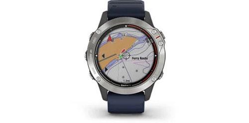 Garmin-Quatix-6-Grau-mit-mittelblauen-Armband-Bild